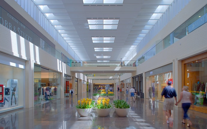 Northpark Center Timeless Architecture Brings Fifty